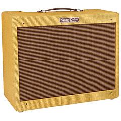 Комбоусилитель для электрогитар Fender  Deluxe
