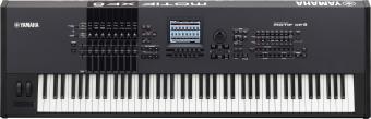 (Русский) Клавишный инструмент Yamaha Motiff XF8